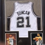 Tim Duncan Signed Jersey and Print